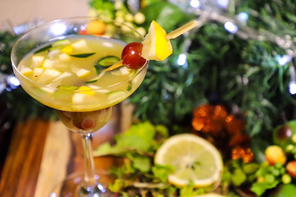 healthy-holiday-punch