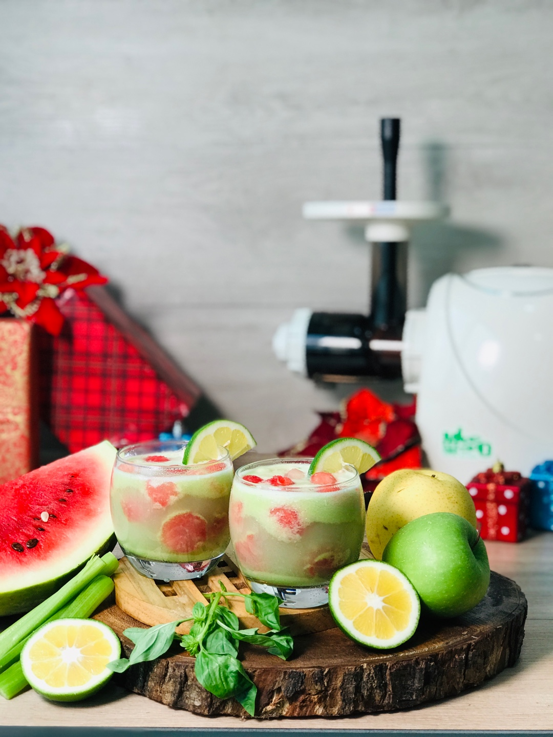 Green Holiday Punch